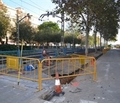 Obres ampliació vorera carrer Pau