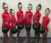 Les gimnastes del club de rítmica de Picanya es classifiquen per al campionat d'Espanya