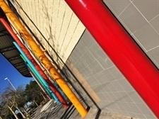 Millores a l'exterior del pavelló esportiu municipal