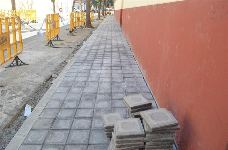 Renovaci de vorereres del carrer guillem de castro for Renovacio oficina de treball