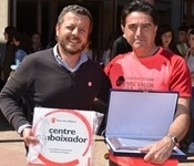 "L'IES Enric Valor nomenat centre ambaixador de ""Save the Children"""