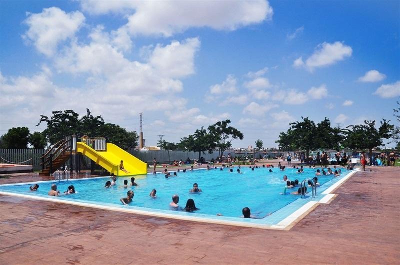 piscines l diques del poliesportiu municipal instal