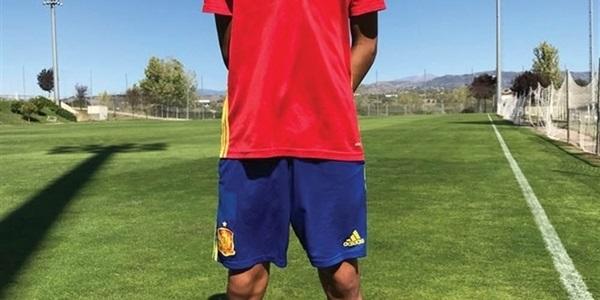 El picanyer Rubén Iranzo ja vesteix la samarreta de la selecció espanyola