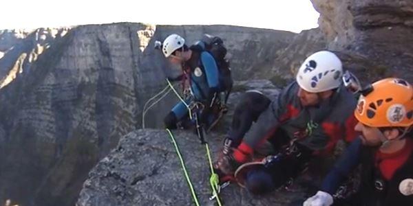 Cabres de Muntanya - Barranquisme en la cascada d'Otonel
