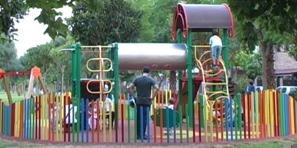 Adecuació parcs infantils