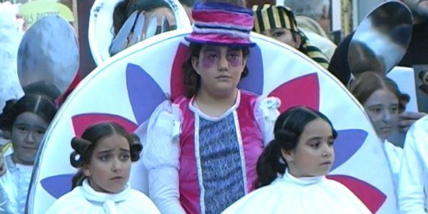 FALLES 2013 - Cavalcada Ninot Infantil