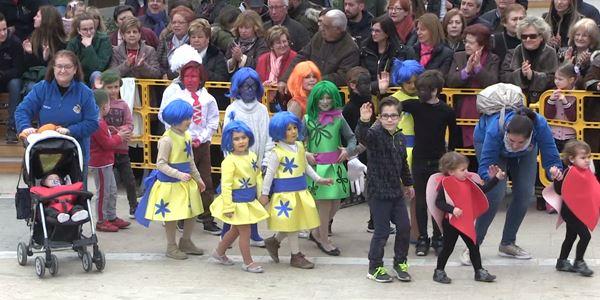 FALLES 2019 - Cavalcada Ninot Infantil  - Falla Vistabella