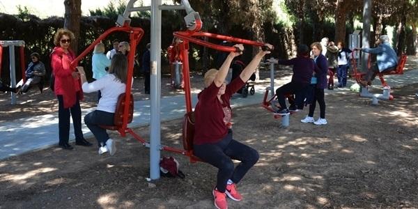 Exercici als parcs per a les Persones Majors