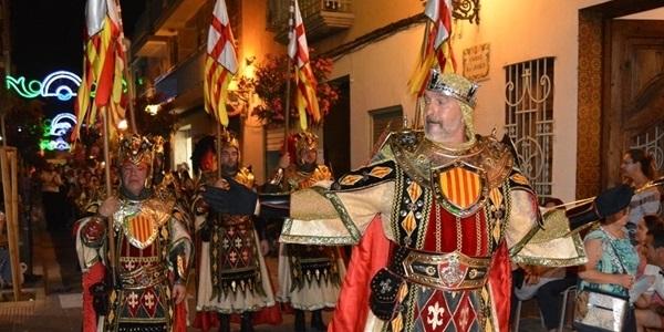 XXIII GRAN ENTRADA DE MOROS I CRISTIANS. Fotos 2 de 2