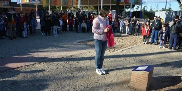 L'escola Ausiàs March recorda a l'alumna Selenia Villa