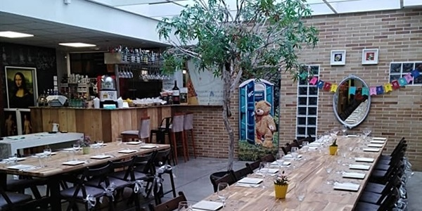 El Moma Restaurant